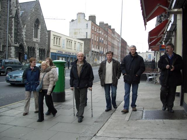 Det er helt greit å bruke krykker i Dublin.