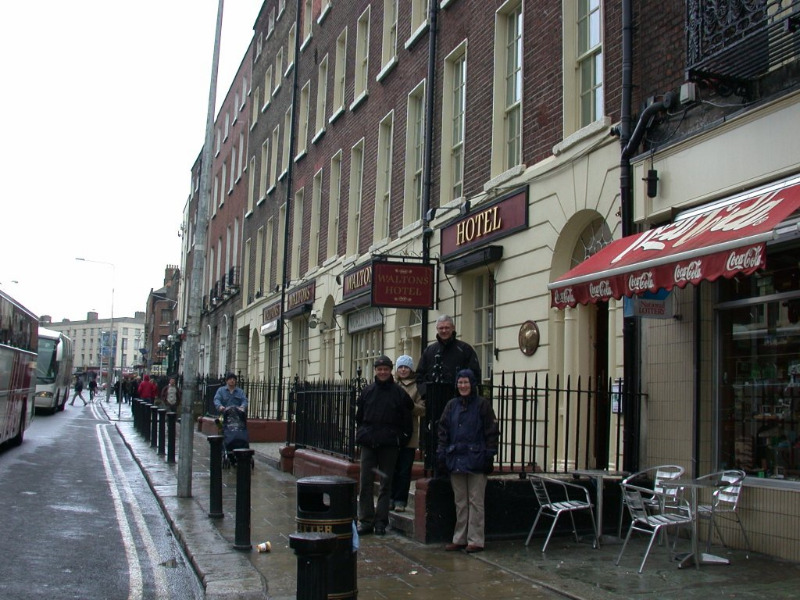 Når vi er i Dublin bor vi på Waltons Hotel. Øverst i hovedgaten - O'Connor street. Anbefales - 'gå' avstand til det meste.