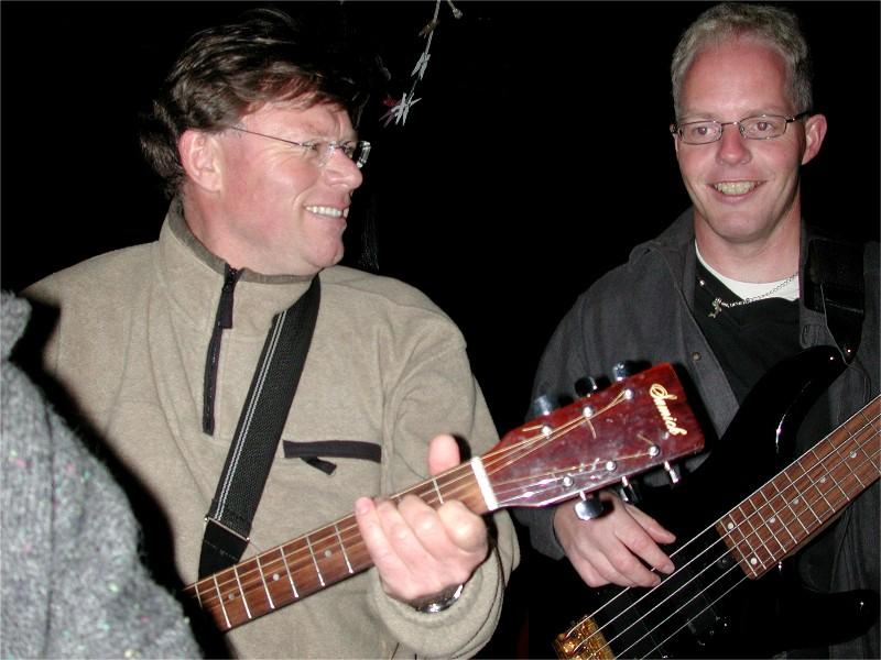 Morrospilling for oss sjøl - 03.06.05. Terje Demroen og Svein Berg.
